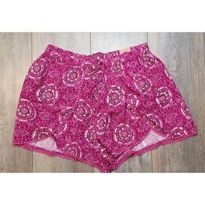 Hollister Co. Edged Petal shorts Pattern Large